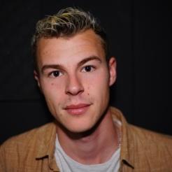 Theo - aspiring singer songwriter